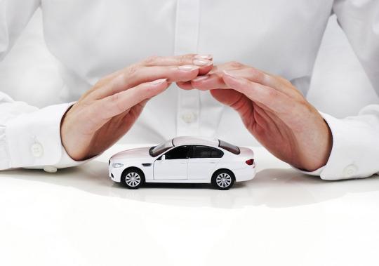 La cobertura de un seguro sin pagar acaba a los seis meses