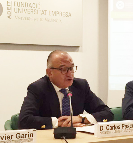 Carlos Pascual clausura el programa de Mentores 2015 de la Cátedra de Cultura Empresarial de la Universitat de València