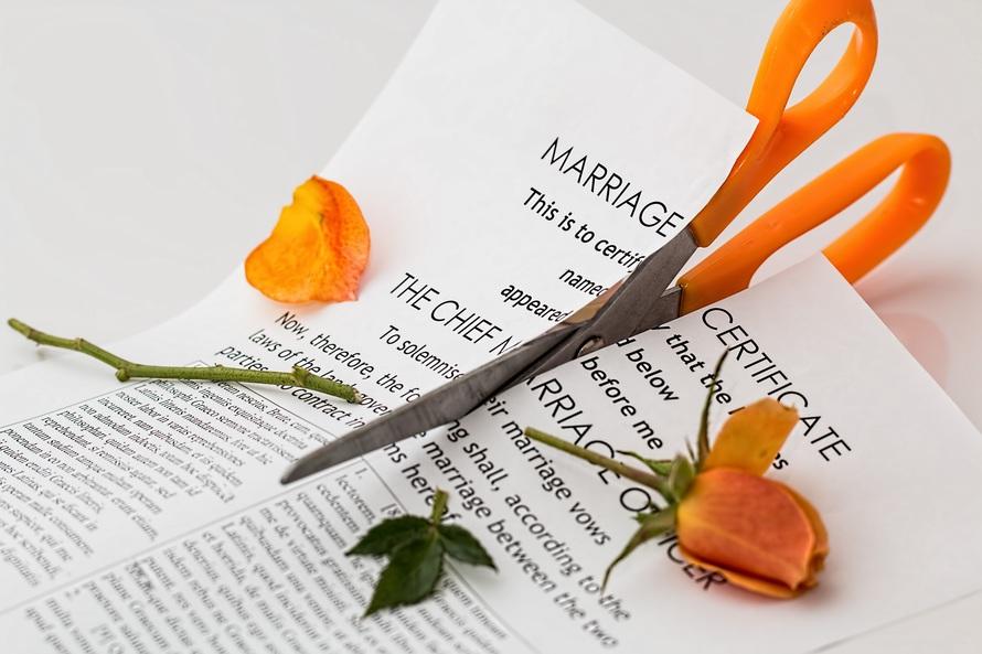 Las disoluciones matrimoniales disminuyen un 13,2 por ciento en el primer trimestre de 2016