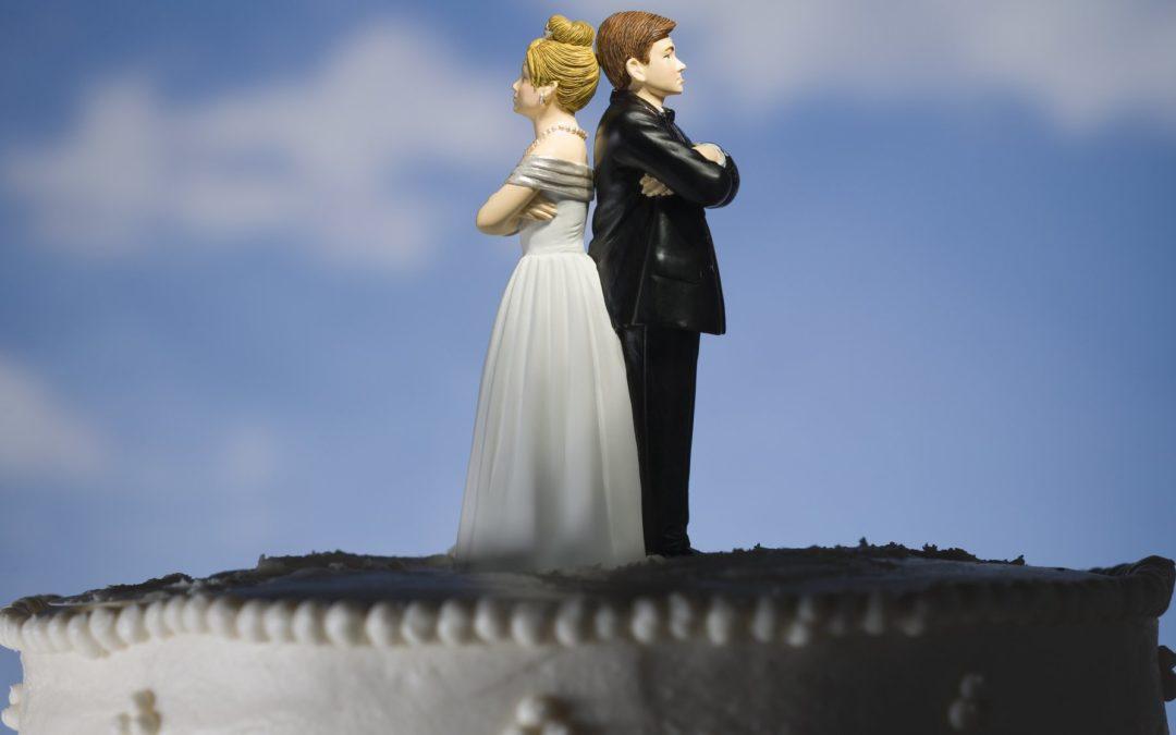 Madrid, Andalucía y Cataluña, las regiones con mayor número de bodas y divorcios celebrados ante notario