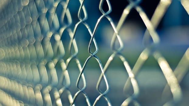 El TSJ vasco no obliga a una empresa a reincorporar a un trabajador al salir de la cárcel