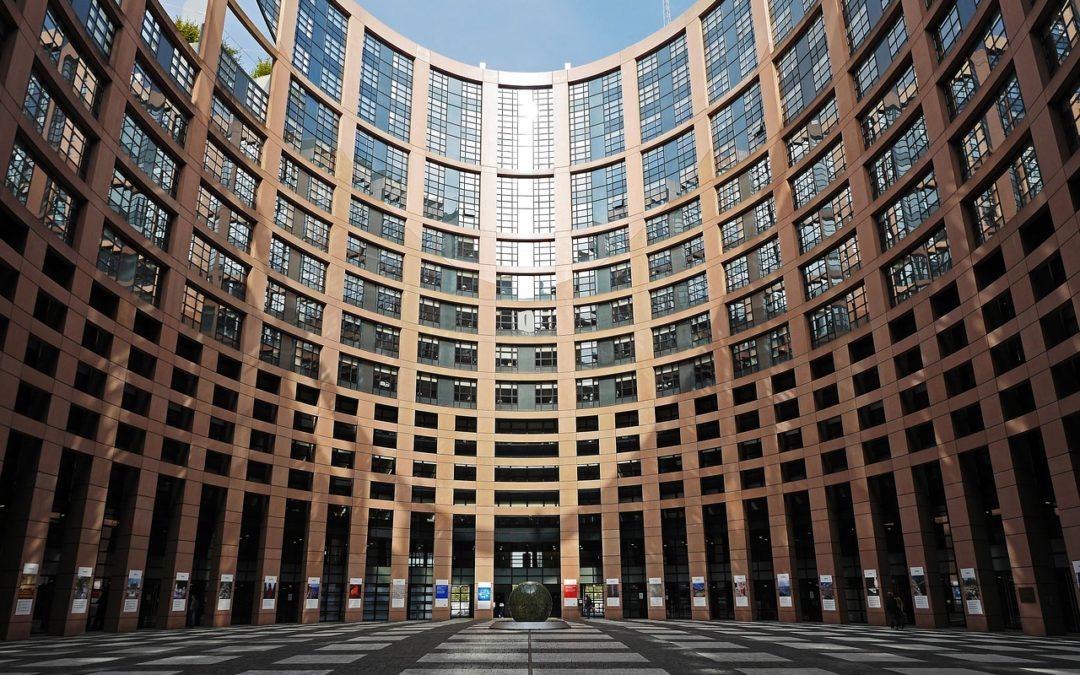 Bruselas quiere terminar con las fronteras fiscales en Europa