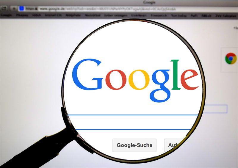 La Comisión Europea impone la mayor multa de su historia a Google por posición dominante